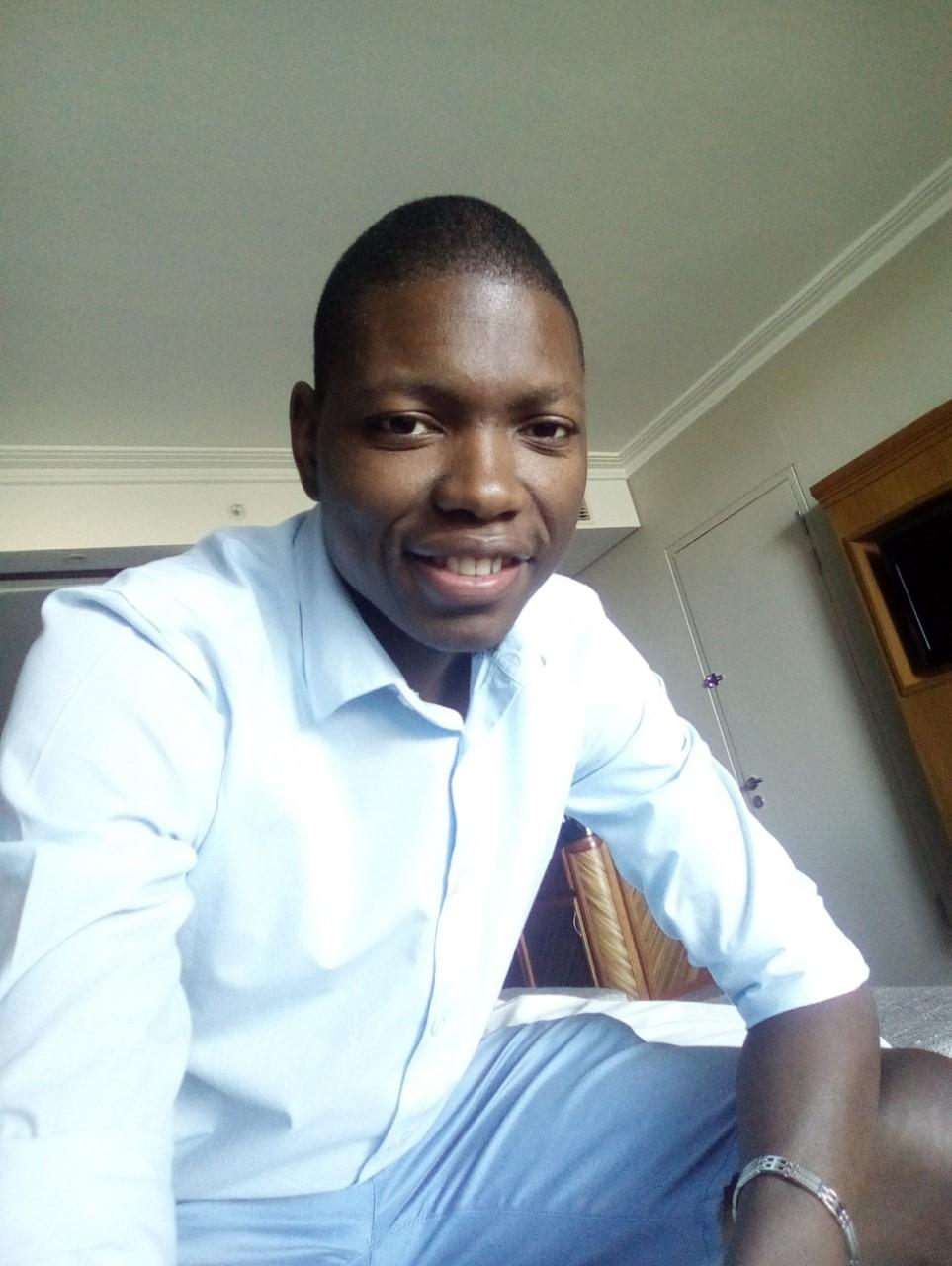 Sizwe Mhlongo